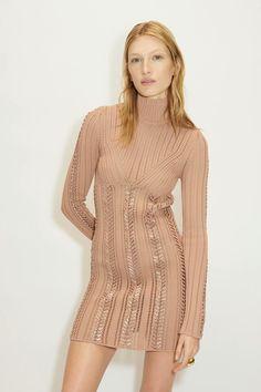 Herv¨¦ L¨¦ger Fall 2020 Ready-to-Wear Fashion Show - Vogue 2020 Fashion Trends, Fashion Week, Look Fashion, Korean Fashion, Fashion Show, Fashion Outfits, Herve Leger, Vogue Paris, Girls Winter Coats