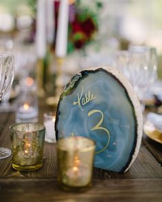 Agate and geode wedding decor for a mystical celestial wedding. Chic Wedding, Floral Wedding, Wedding Details, Perfect Wedding, Rustic Wedding, Dream Wedding, Wedding Day, Trendy Wedding, Luxury Wedding
