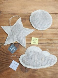 Tee(beutel) für alle Lebenslagen - HANDMADE Kultur Tea bags for (almost) all situations of tea. Yes tea. I felt like I already said everything worth knowing about it. For example, that it was Homemade Gifts, Diy Gifts, Diy Tea Bags, Diy And Crafts, Arts And Crafts, Diy Presents, Handmade Bags, Little Gifts, Small Gifts