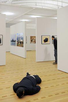 Installation von He Xiangyu im Zentrum Paul Klee in Bern während der Ausstellung «Chinese Whispers» Ai Weiwei, Paul Klee, Bern, Bean Bag Chair, Chinese, Furniture, Home Decor, Centre, Decoration Home
