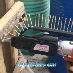 🍀🍀The product is suitable for a nail gun or electric drill. Automatic chain nail gun adapter screw gun for electric drill woodworking tools. home diy tips Automatic Nail Feeder Life Hacks Diy, Simple Life Hacks, Useful Life Hacks, Woodworking Square, Woodworking Projects, Nail Gun, Construction Tools, Homemade Tools, Woodworking Furniture