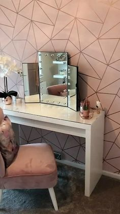 A Drop-Dead Gorgeous Dressing Room. A Unique and Beautiful Geometric Design by. - A Drop-Dead Gorgeous Dressing Room… A Unique and Beautiful Geometric Design by I Love Wallpaper. Visit www.ilovewallpape… for more colours and designs. Rose Gold Room Decor, Rose Gold Rooms, Rose Gold And Grey Bedroom, Grey Room Decor, Gold Bedroom Decor, Bedroom Rustic, Bedroom Black, Dressing Room Decor, Dressing Room Design