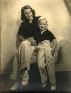 Barbara Stanwyck and her adopted son, Dion Old Hollywood Stars, Golden Age Of Hollywood, Vintage Hollywood, Hollywood Glamour, Hollywood Actresses, Classic Hollywood, Actors & Actresses, Classic Actresses, Vintage Movie Stars