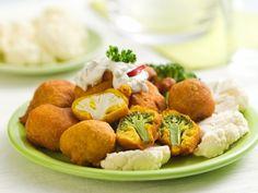 Květák a brokolice v Hrašce Potato Salad, Potatoes, Cheese, Ethnic Recipes, Food, Potato, Essen, Meals, Yemek