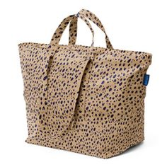 Baggu Leopard Carry All Bag: An extra roomy over the shoulder tote, perfect for daily shlepping and overnight trips.   -Lightweight bag folds up for compact easy packing -Ideal for use as an extra bag while traveling -Heavy duty zip closure