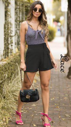 2a7022cbf549 LACE, moda feminina. Ingrid Giovinazzo, blogueira, veste Lace. Body. Body