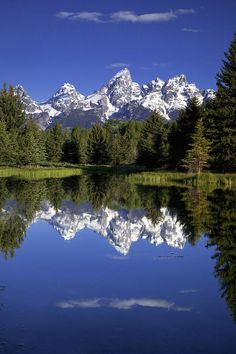 Teton Reflections, Schwabachers Landing, Grand Teton National Park; photo by Andrew Soundarajan