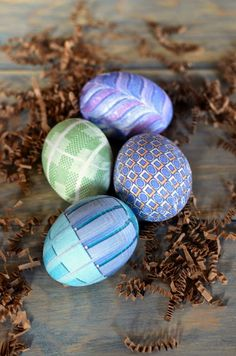 20 Creative and Easy DIY Easter Egg Decorating Ideas | @Mindy CREATIVE JUICE | @getcreativejuice.com