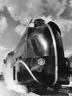 Henri Lacheroy. Locomotive Aerodynamiques. c.1935.