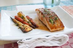 The perfect balance of sweet and spicy, pan seared salmon with maple chipotle sauce.ready in 15 minutes! Oven Baked Salmon, Pan Seared Salmon, Baked Salmon Recipes, Roasted Salmon, Seafood Recipes, Cooking Recipes, What's Cooking, Best Wild Salmon Recipe, Roasted Parsnips