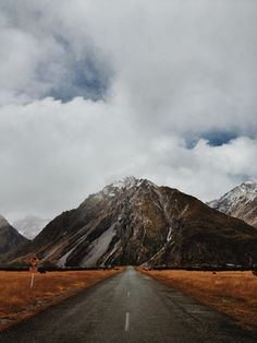 Speed bumps on the head. #newzealand #roadtrip #mountain #adventure