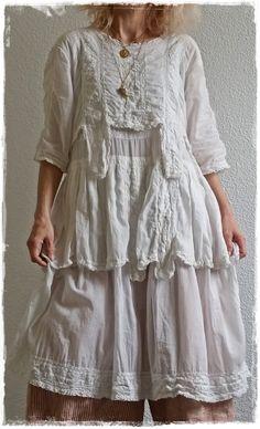 Magnolia Pearl Cecilia Dress in celestial + MP Boots Bojangles in Sketch + MP Pants Amabel Railroad Britches