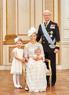 Officiële doopfoto's Prins Oscar | ModekoninginMaxima.nl