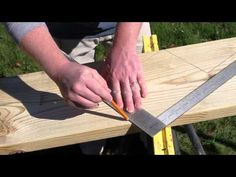 How to Cut Stair Stringers. Stair stringers are the backbone of any set of stairs. They support the treads and provide the structural support of the stairway. In order to cut your stair stringers perfectly, you need to take the time to. Patio Stairs, Outdoor Stairs, House Stairs, Basement Staircase, Building Deck Steps, Building Stairs, Porch Steps, Stair Steps, Stair Stringer Calculator