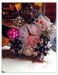 Vintage Brooch Clock on Etsy, $65.00