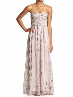 Lovely bohemian maxi dress perfect for slightly dressy occasions or for flip flops and lunch. I love this dress!!!