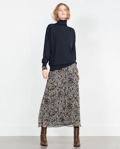 Skirt outfits long floral 47 ideas for 2019 Tomboy Fashion, Fall Fashion Outfits, Modest Fashion, Look Fashion, Casual Outfits, Womens Fashion, Sweater Fashion, Zara Fashion, Cowgirl Fashion