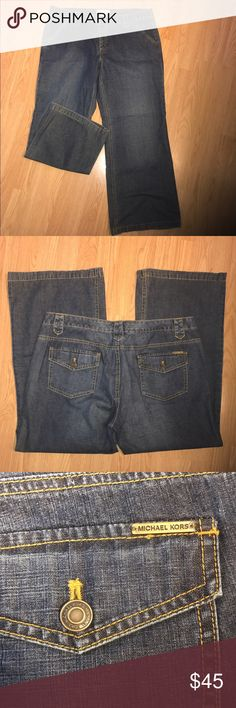 """MICHAEL KORS Sexy Jeans These are previously loved but show no wear. They're in excellent condition. 100% Cotton. 19"""" Waist, 10"""" Front Rise, 28 1/2 Inseam, 12"""" Ankle width Michael Kors Jeans"""