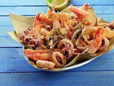 """Guarda """"Ricetta veloce frittura di pesce croccante,Quick recipe fried crispy fish"""" su YouTube#saporieodoridicasamia"""