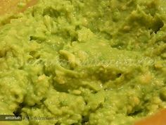 Pea & mint puree Recipe on Pea & mint puree recipe on This pea purée takes minutes to make and can be paired with different kinds of fish or a rack of lamb and it screams Spring! Pea Recipes, Pureed Food Recipes, Lamb Recipes, Vegetable Recipes, Healthy Recipes, Bun Kabab Recipe, New Years Dinner