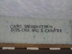 olheosmuros:  Caro UniversitárioAvenida Salgado Filho, São Carlos, SP.