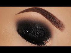 GlitterWarehouse Glitter for Eyeshadow / Eye Shadow Shimmer Makeup Powder Diamond Silver - Cute Makeup Guide Black Eye Makeup, Edgy Makeup, Skin Makeup, Unique Makeup, Makeup Goals, Makeup Inspo, Makeup Ideas, Smokey Eyes, Black Smokey Eye