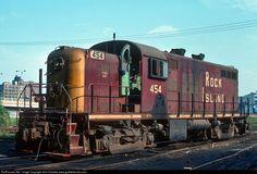 Rock Island RS2m locomotive Chicago August 15, 1975 Photo by John Dziobko