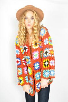 ideas crochet granny square cardigan jackets inspiration for 2019 Black Crochet Dress, Crochet Skirts, Crochet Jacket, Crochet Cardigan, Crochet Clothes, Crochet Squares, Crochet Granny, Knit Crochet, Granny Squares