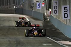 F1 Singapore Grand Prix: Defiant Verstappen avoids 'kick in the nuts' from Dad