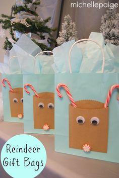 We're crafting up some reindeer gift bags over here. Need a fun gift sack for a 'deer' friend, teacher or child? These bags are super quick and easy to create. Supplies Needed: -gif Christmas Gifts For Parents, Christmas Gift Bags, Christmas Gift Wrapping, Christmas Projects, Xmas Gifts, Holiday Crafts, Preschool Christmas, Kids Christmas, Parent Gifts