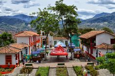 "Fotoviaje: Medellín, Antioquia, Colombia. Día 11 ""Un pueblito... Folklore, South America, Liverpool, Usa, House Styles, City, World, Travel, Oblivion"