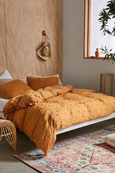 Shop Autumn Fluff Jersey Duvet Cover at Urban Outfitters today. Duvet Covers Urban Outfitters, Urban Outfitters Home, Orange Comforter, Yellow Duvet, Mustard Bedding, Orange Duvet Covers, New Room, Bed Spreads, Dorm Room