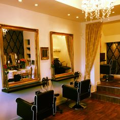 Mossley salon