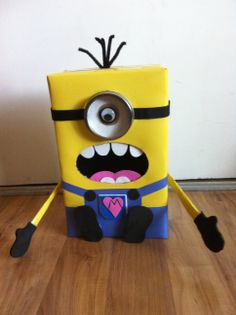 Despicable Me Minion Valentine's Day Box-