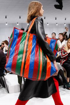Balenciaga Fall 2016 Ready-to-Wear Fashion Show Details Now that is one big bag!