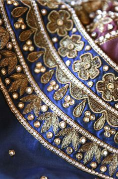 Pink may be the navy blue of India but our relationship with navy blue is pretty serious too! (part two)  #navyblue #blue #embroidery #sari #RiitiFashions