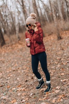 Styling holiday favorites with affirm cella jane / winter coat / women's activewear / cold weather style Winter Outfits For Teen Girls, Winter Mode Outfits, Casual Winter Outfits, Winter Fashion Outfits, Winter Dresses, Autumn Winter Fashion, Winter Clothes, Snow Outfits For Women, Snow Fashion