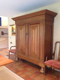 Watercress Springs Estate Sales GREENWICH CT ESTATE SALE - 12 Sidney Lanier Lane - October 28th to 30th - Beautifulthc Dutch Kast With Open Shelving And Drawers