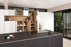 Steen Blichersvej - Minimalistisk snedkerkøkken - Design af Nicolaj Bo™