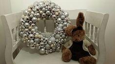 AWSOME christmas wreath made  by Benedicte:)