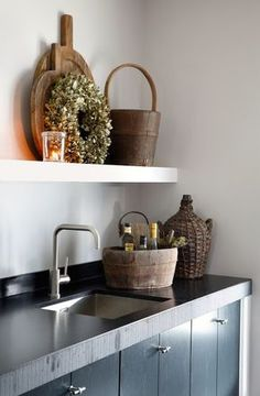 zwarte keuken // black kitchen