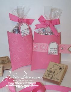 Julie's Stamping Spot -- Stampin' Up! Project Ideas Posted Daily: 3-D projects -- Pillow Box Treat Holder (Cut off the end of the pillow box)
