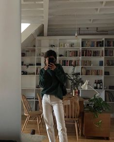 You are in the right place about college outfits hbcu Here we offer you the most beautiful pictures Looks Street Style, Looks Style, My Style, Look Fashion, 90s Fashion, Fashion Outfits, Korean Fashion, Fashion Hair, Retro Fashion