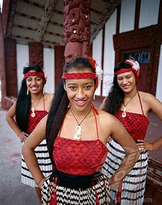 Stock Photo #442-7399, Maori Girls Dressed in Traditional Maori Costume, Rotorua, North Island, New Zealand