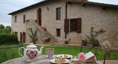 Tea-Time in Tuscany @ Poggio al Palio Holiday Home - www.poggioalpalio.it/en/