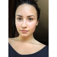 Bare-Faced Celebs: The Best No-Makeup Selfies on Instagram - Demi Lovato