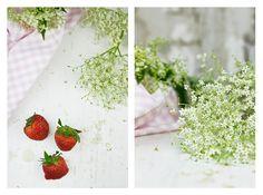 Elderberry & strawberries crumble