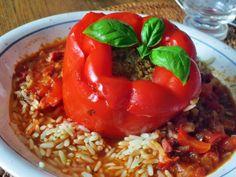 Gefüllte Paprika, ein raffiniertes Rezept aus der Kategorie Gemüse. Bewertungen: 268. Durchschnitt: Ø 4,5.
