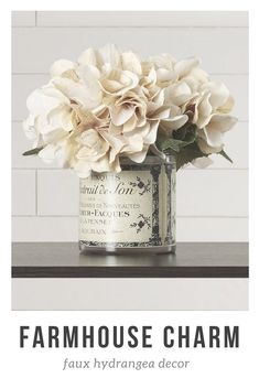 I LOVE hydrangeas. farmhouse #fauxflowers #hydrangea #silkflowers #farmhousecharm