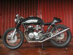 Honda CB550 1973 By Benjie's Cafe Racer    ♠ http://milchapitas-kustombikes.blogspot.com/ ♠